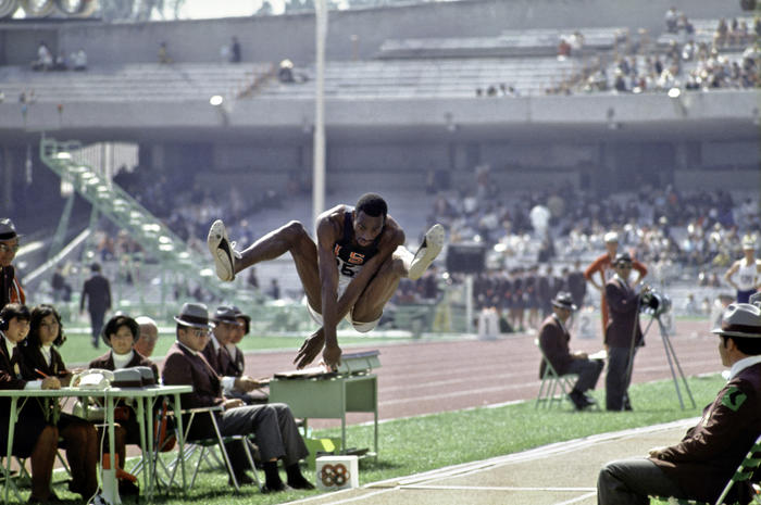 Saut En Longueur Jeux Olympiques 1968