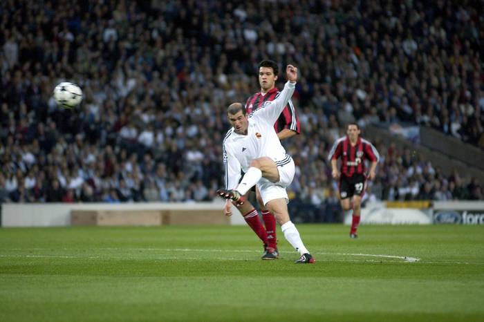Zinedine Zidane   Finale De La Ligue Des Champions 2002