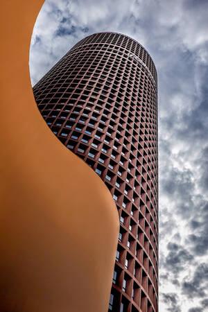 Lyon Part Dieu pencil tower 2