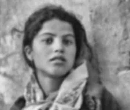 Jong meisje in Tipaza