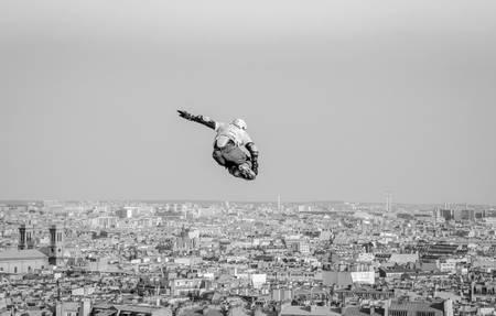 Jumping over Paris