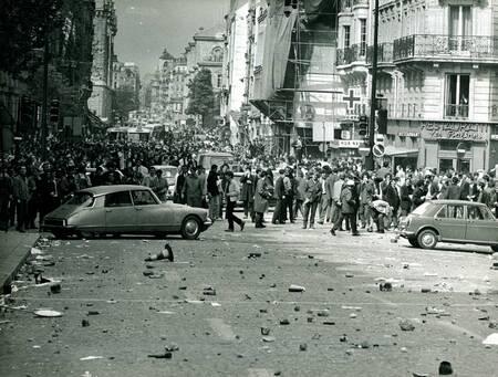 Mai 1968 - après les affrontements au quartier latin