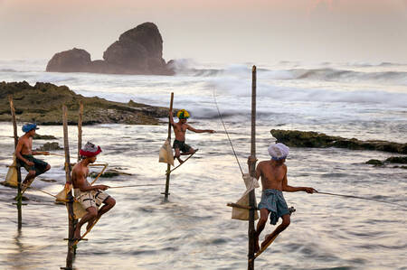 Pescatori su palafitte