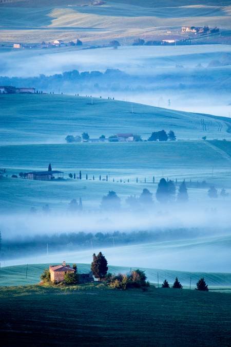 morning mist in Tuscany