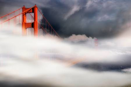 MIST ON GOLDEN GATE