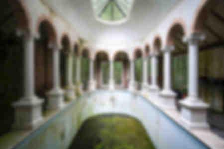 Pillar Pool