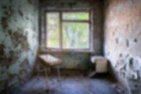 Reparto di maternità in un ospedale abbandonato