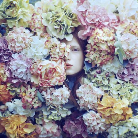 portrait in flowers 005