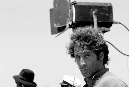 Vincent Lindon during a film shoot in 1990