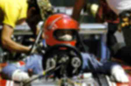 Niki Lauda in een Ferrari 312B3