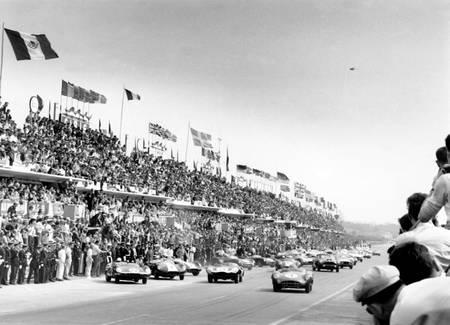 Début des 24h du Mans en 1959