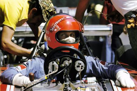 Niki Lauda dans une Ferrari 312B3