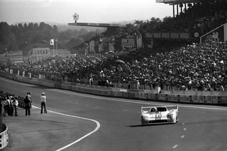 Vern Schuppan au Mans en 1975
