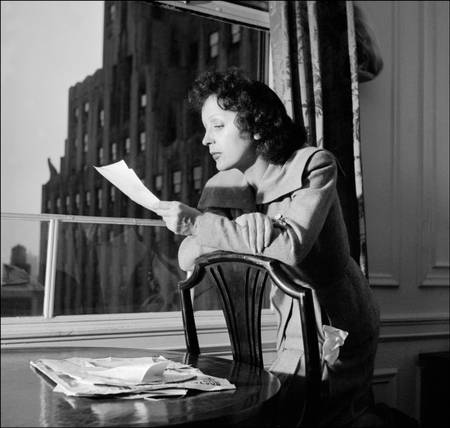 Edith Piaf in New York in 1950