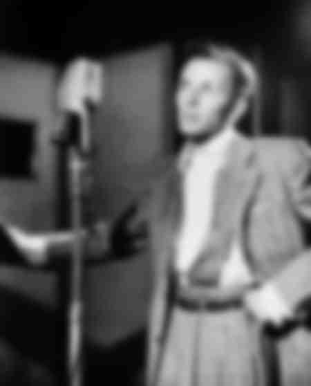 Frank Sinatra at Liederkranz Hall