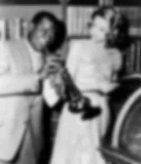 Louis Armstrong en Grace Kelly in 1956
