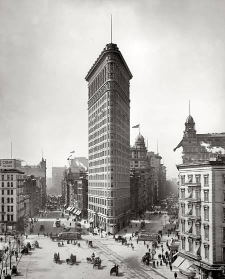 Le Flatiron building en 1905