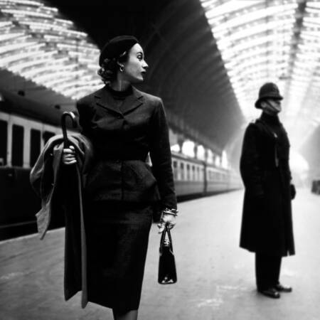 Mannequin at Paddington Station in 1951