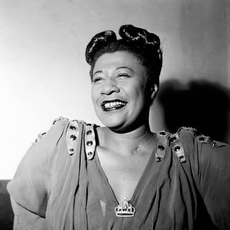 Portrait d'Ella Fitzgerald en 1946