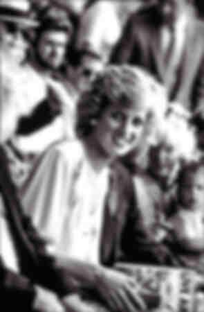 """La princesse Diana lors du concert """"live aid"""" à Londres en juillet 1985"""