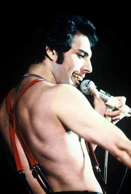 Freddie Mercury Performs on Stage In Paris 1979