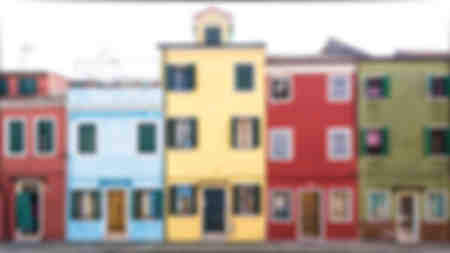 """La Bella Via di Burano"""