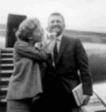 Attore Kirk Douglas con la moglie Anne
