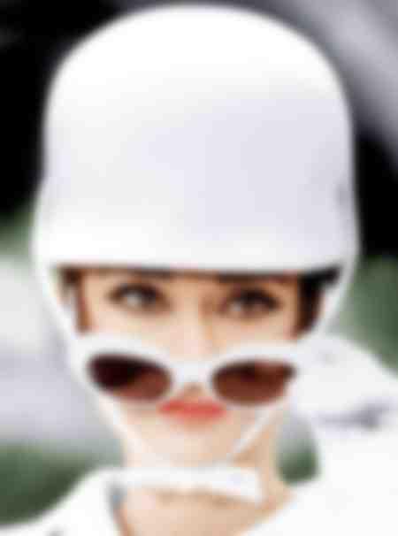 Audrey Hepburn face à la caméra
