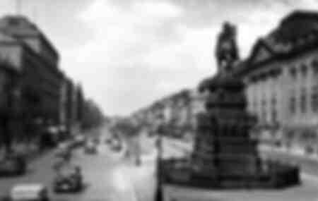 Berlin - Allee Unter den Linden -1932