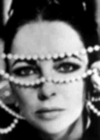 Elizabeth Taylor 1973