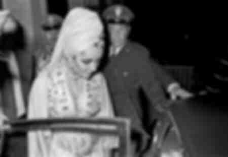 """Elizabeth Taylor """"Rodolfo Valentino"""" 1962"""