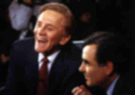 Kirk Douglas with host Bernard Pivot