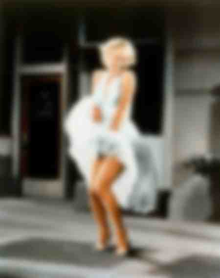 Marilyn Monroe in the skirt scene