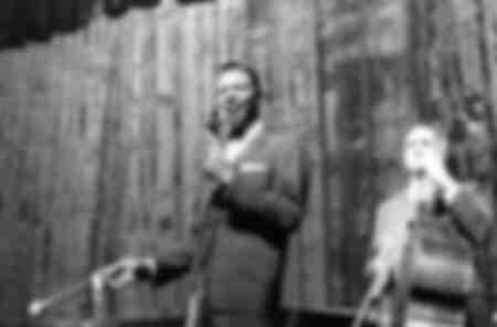 Nat King Cole singing in Milan