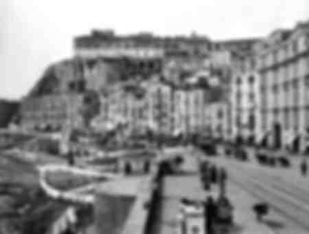Via Santa Lucia en el distrito de Pizzofalcone en Nápoles