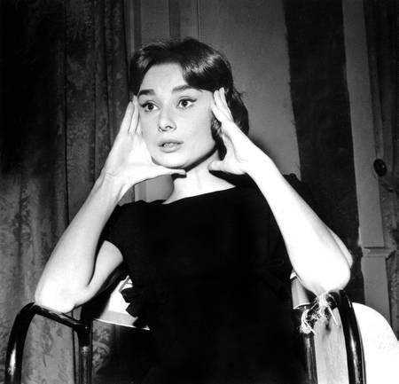Audrey Hepburn sparò nel 1956