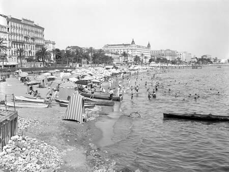 Sulla spiaggia - Cannes