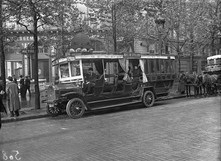 Autobus Madeleine repubblica di Parigi