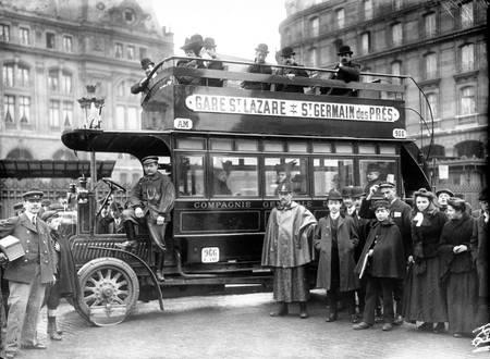 Bus Parisien vers 1910-1920