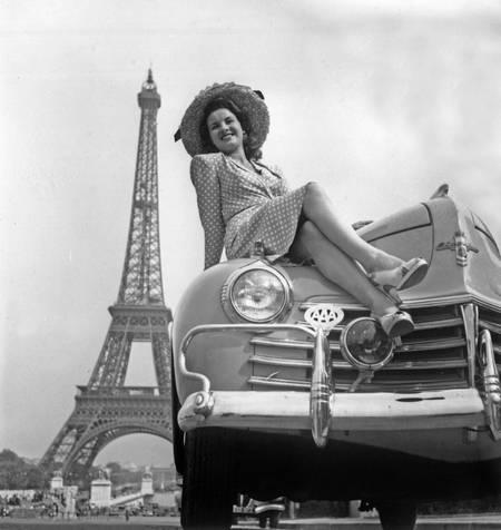Concorso di eleganza a Parigi nel 1947