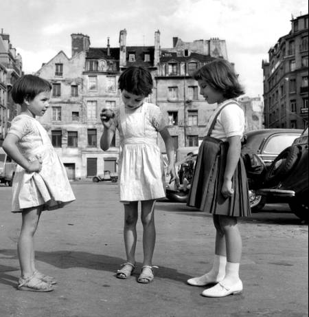 1959 spielende Kinder in Paris