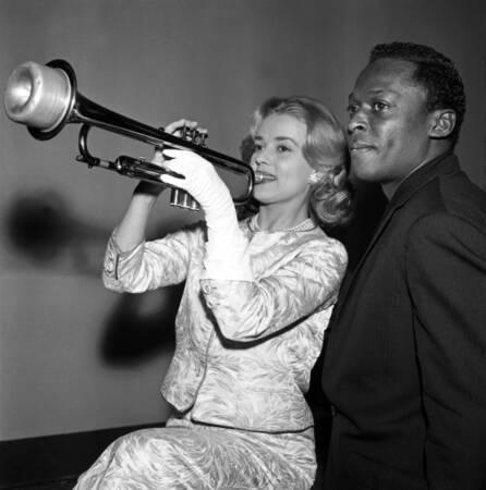 Jeanne Moreau et Miles Davis en 1957
