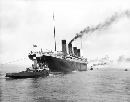 Die Titanic verlässt Belfast