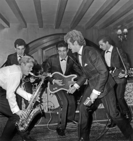 The black socks on stage in 1961 - Eddy Mitchell