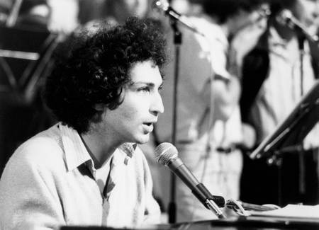 Michel Berger at the piano in 1980