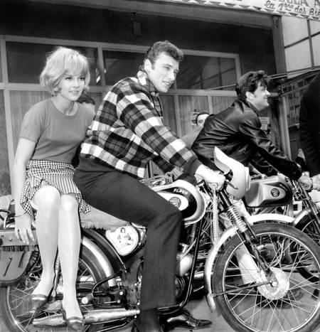 Sylvie Vartan and Johnny Hallyday in 1963