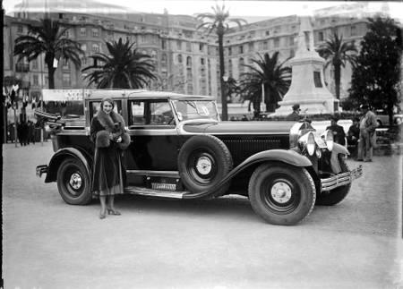 Bugatti year 30 Cannes