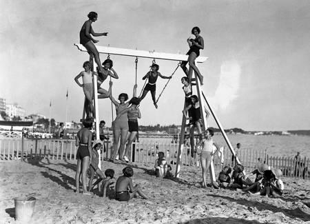 Beach games Cannes