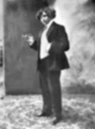 Colette en smoking dans les années 1910