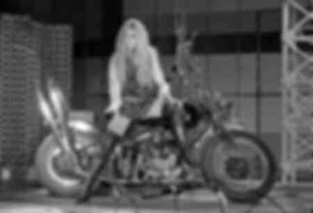 Foto di Brigitte Bardot che ha realizzato la copertina dell'album dei 45 giri